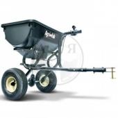 Прицепной разбрасыватель с грузоподъемностью 39 кг